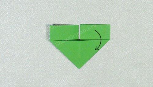 складываем один модуль оригами